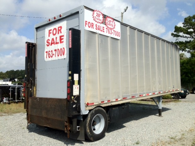1995-Strick-28-Dry-Van-Trailer-with-Anthony-Rail-Lift-Gate-e1340736103866